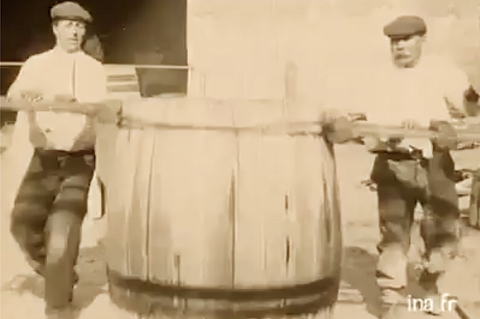 Film – production of wooden barrels